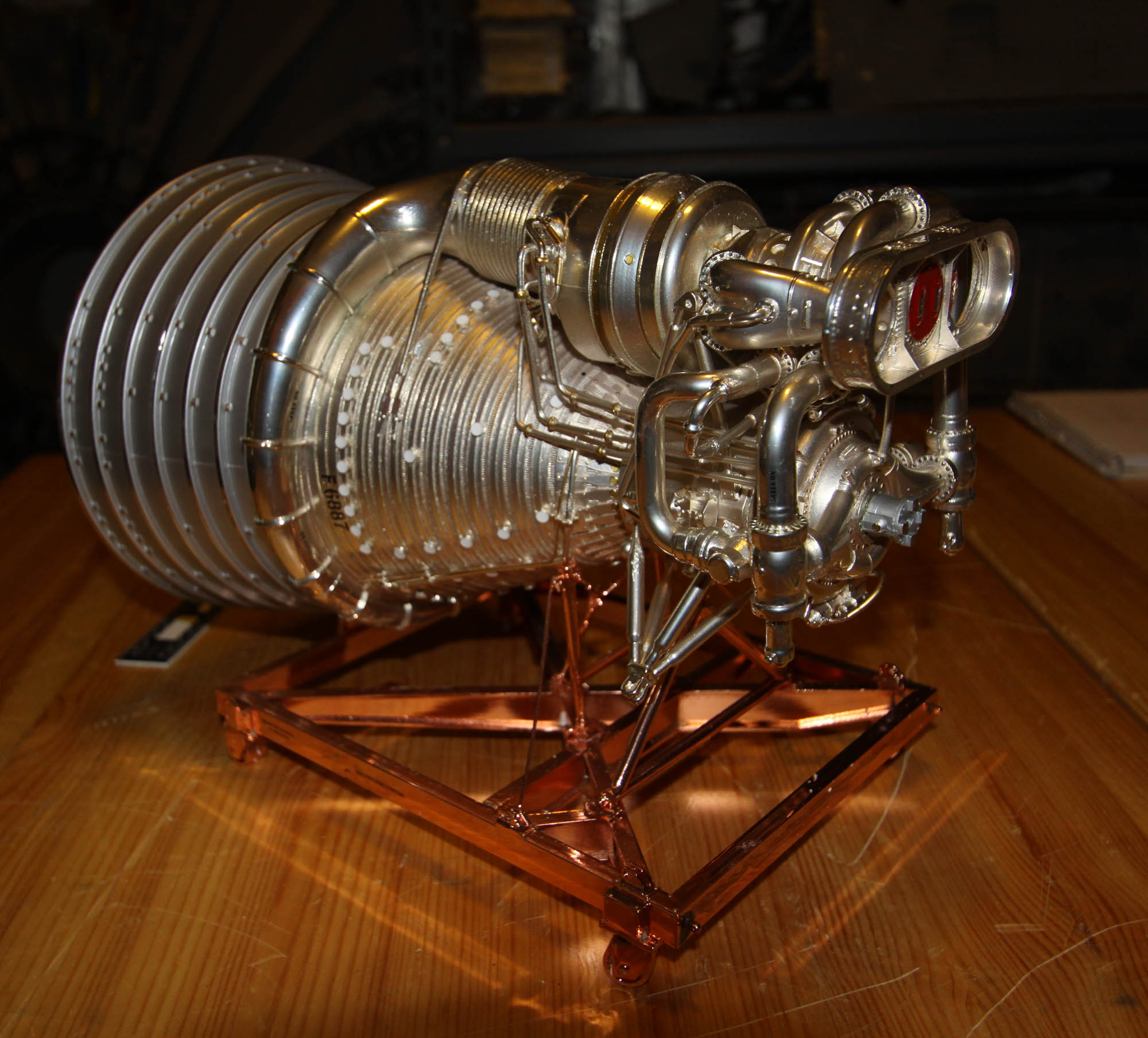 Accurate Models 1 20 Rocketdyne F-1 Engine